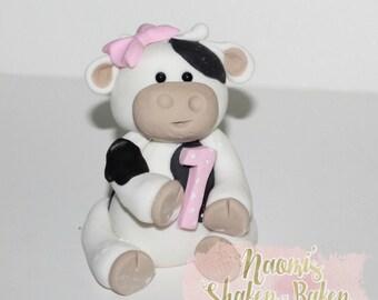 1x Edible Boy Girl Cute Cow Name & Age Fondant Cake Topper 7-10 cm