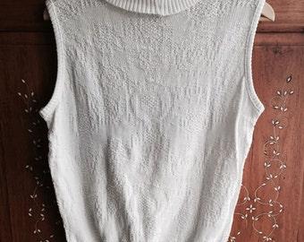 White knit high neck blouse, boho   size AU10-12 (Medium)