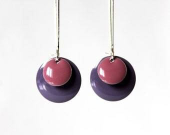 Long earrings pink and mauve enamelled sequins