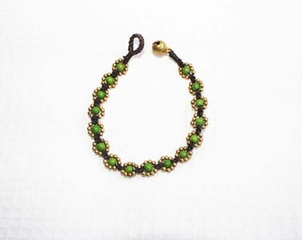 Green flower bracelet