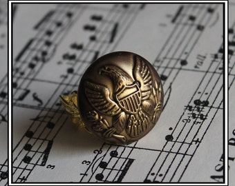 Recycled antique gold button ring with eagle design. Recycled button ring. Adjustable ring. Made in Australia. Australian shop.