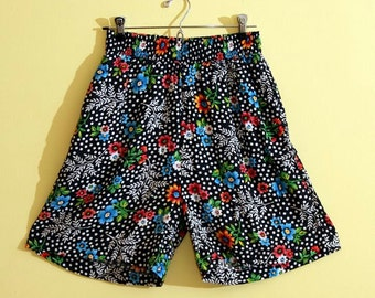 Solutions Vintage Polkadot Floral High Waisted Shorts, Small