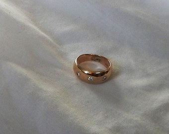 14 k gold wedding band