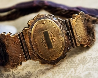 Mourning Jewelry, Oddities, Oddity,  Victorian, 1800, Human Hair, Locket, Bracelet