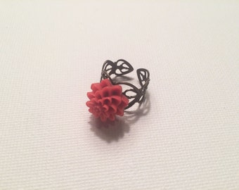 Adjustable bright pink floral ring