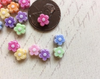 SET of 50 7mm Bright and Colorful Flower Acrylic Beads