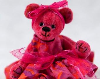 Bekkiebears Lilly handmade teddy bear miniature teddybeer