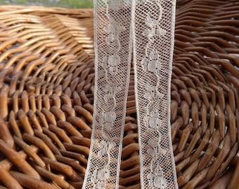 Vintage 5 meter Ecru Lace Trim Ribbon Decorative
