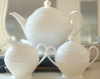Vintage Wedgwood Windsor Teapot, Creamer and Sugar Bowl