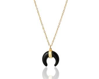 black horn necklace-boho chic necklace- minimal jewelry- boho necklace- moon necklace- silver horn-luna invertida