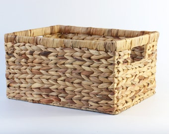 Rustic braided baskets/Large Storage Basket /Wholesales bulk/straw basket/laundry baskets/wedding gift/Country decor/GrasShanghai