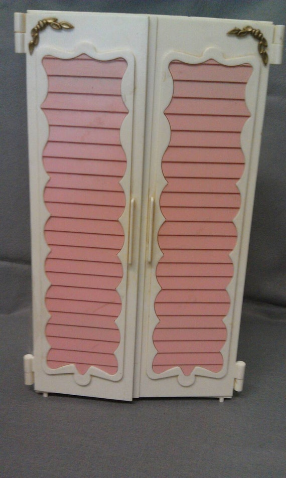 barbie doll wardrobe armoire full of clothes