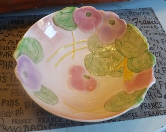 Very pretty early mid-century (1940s) Avon Ware flower-shaped, tri-footed salad | serving bowl in the style of Carlton Ware.