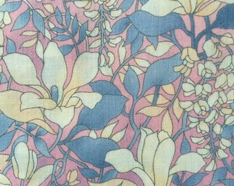 FF62 Hoffman (10 HALF yards available) Floral Fabric