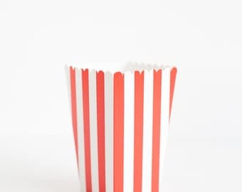 10 Red Stripes Popcorn Boxes, Popcorn Boxes, Popcorn Box Scoop, Party Decor, Birthday Party, Carnival Party Decor, Candy Bar Popcorn.
