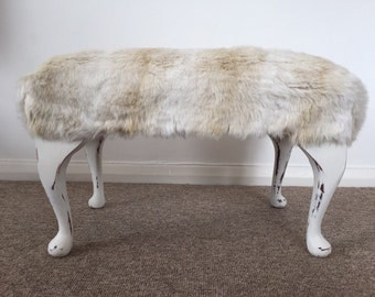 Vintage stool with furry finish