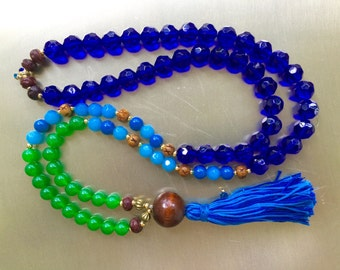 Lake and Forest. Long Bead Necklace