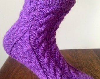 Ladies lilac pure cashmere handmade bed socks by Willow Luxury - (to fit ladies shoe sizes UK 7 to 8, US 9 to 10, European 40 to 41)