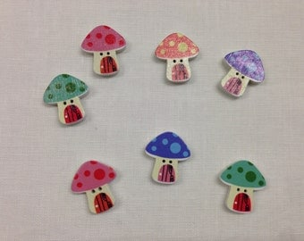 Set of 10 wooden buttons with assorted mushrooms