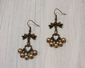 Chandelier Heart Pearl Earrings  AR052