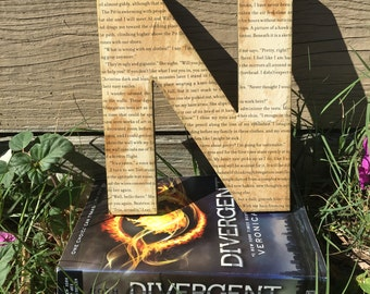 "Divergent, 8"", Aged, Book Page Wall Letter - Custom Made"