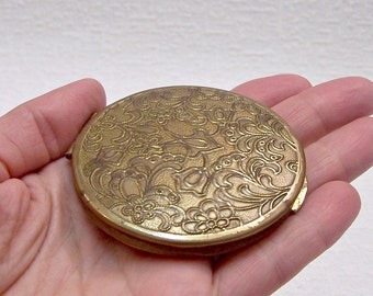 """Vintage Powder Compact """"Lenemal'er"""". Brass Refillable Powder Box with a Mirror. Mirrored Compact. Vanity Mirror. Gift for Her. Collectible."""