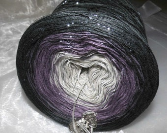 Color gradient yarn 200 g = 1000 m lacegarn