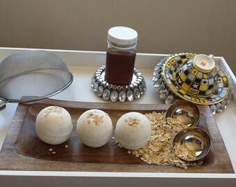 Oaty Bee Bath Bombs