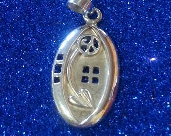 Vintage Rennie Mackintosh Timeless Silver Pendant