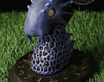 """Bust of Dragon species """"Watchtower from the depths"""""""