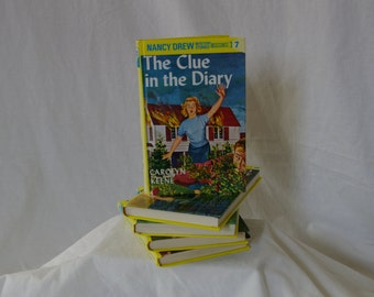 Nancy Drew Mysteries Book 7: The Clue In The Diary