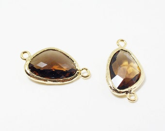 G002514/Smoke Quartz /Gold plated over brass/Triangle faceted glass Connector/21x11mm/2pcs