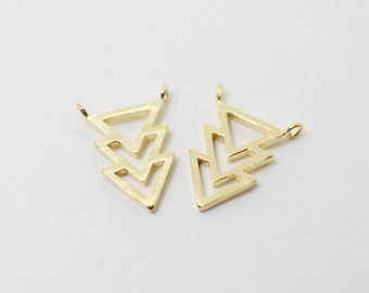 P0031/Anti-Tarnished  Gold plating over Brass/Overlaped Three Triangles Pendant connector/10.4 x 13.4mm /2pcs