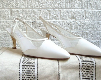 vintage 90s nine west white leather mesh slingback pumps/high heels, size 9.5