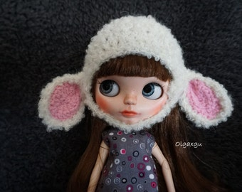 Sheepskin hat for Blythe, Sheep hat