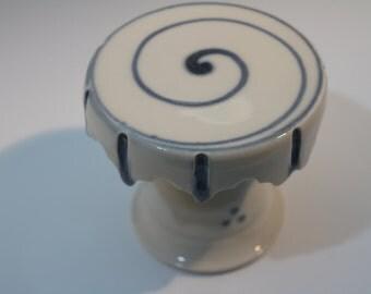 Porcelain Cupcake Stand
