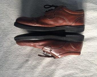 Size 10 Vintage Vibram Men's Shoes.