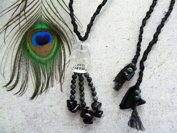 Clear Quartz Skull w/Bloodstone & Black Tourmaline Indian Silk Long Necklace,Bohemian,Hippie,Tribal,Unisex,Gift,スカル水晶,魔除け,ユニセックス,ヒッピー,ネックレス
