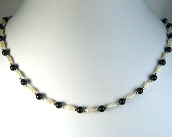 """Freshwater Pearl and Black Onyx Necklace Silver 16"""""""