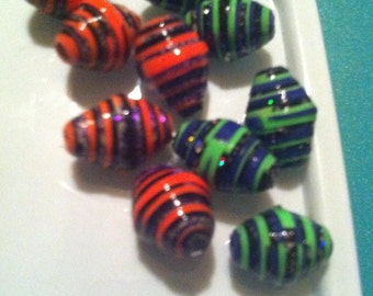 10 Halloween / Day of Dead Colors Paper Beads