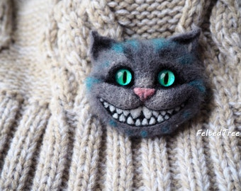 Cheshire Cat felted brooch accessory badge Alice in Wonderland handmade