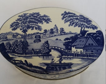 Beautiful Blue and White Countryside Oval Daher Tin Made In England