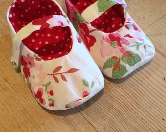 Baby girls Mary Jane shoes 3-6 months
