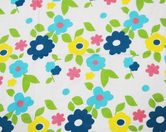 Dress Making Floral Cotton White Fabric Indian Crafting Material Apparel Curtain Making Sewing Pure Cotton Printed Fabric By 1 Yard ZBC5095
