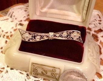 Vintage sterling silver filigree bow brooch / stamped 835   Vintage Sterling bow pin brooch   835 Silver