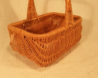 Wicker shopping basket 045