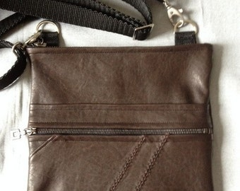Small chocolate goat shoulder leather bag
