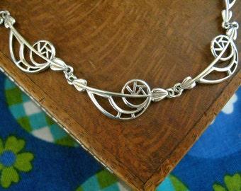 Charles Rennie Mackintosh design Sterling Silver Collerette Necklace