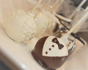 12 Wedding cake pops, Bride and Groom cake pops, wedding favors