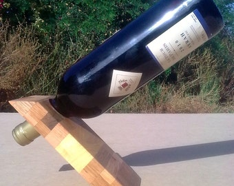 Self balanced wooden wine stand